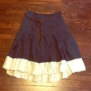 Flowy knee length gap skirt